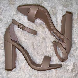 NIB Steve Madden: Carrson sandals heel